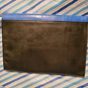 Kenneth Cole Reaction Bags - Kenneth Cole Reaction Large Envelope Clutch (NWT)